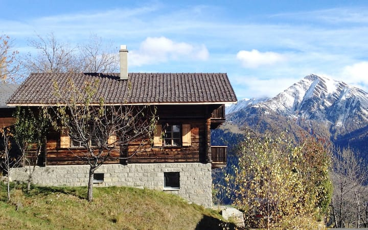 Sunny Chalet with phantastic view