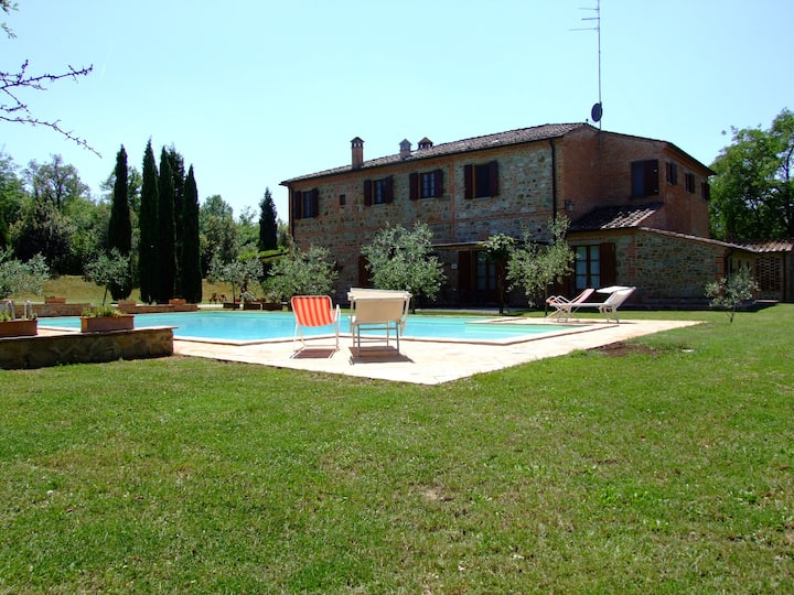 Apartment for couple in a farm with pool