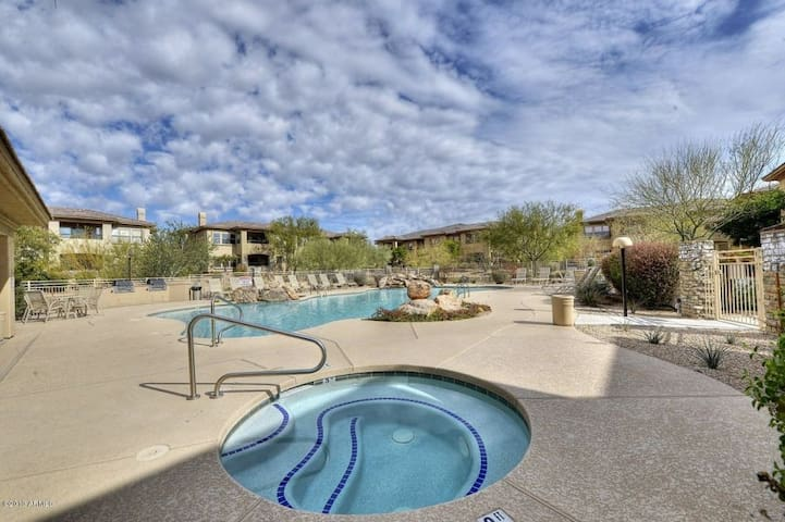 Beautiful Condo - Awesome Location  - Scottsdale - Wohnung
