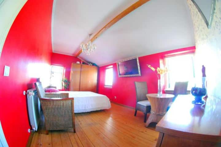 B & B Chambre Rouge Style Moderne