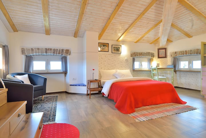 Sijara- delightful loft with view
