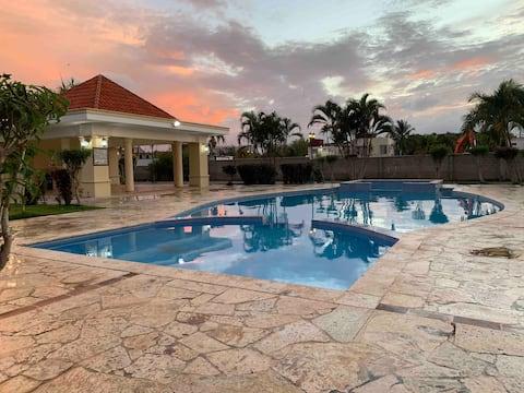 Apartamento en Boca Chica con piscina