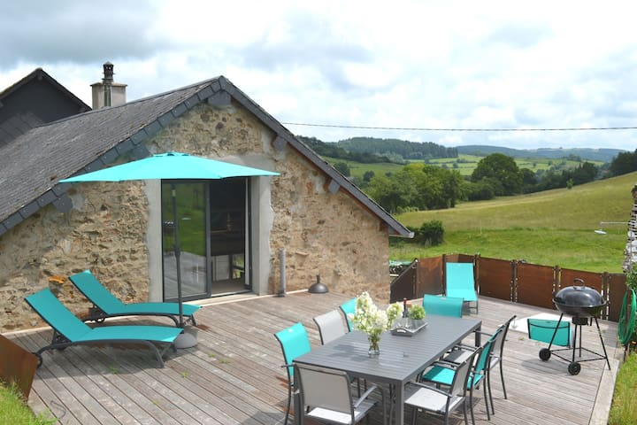 Beautiful Holiday Home in Chissey-en-Morvan near Forest