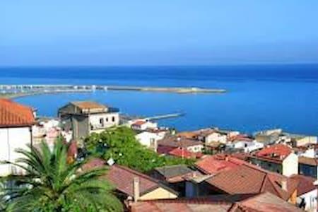 Stanza con Vista mare - Cariati - 独立屋