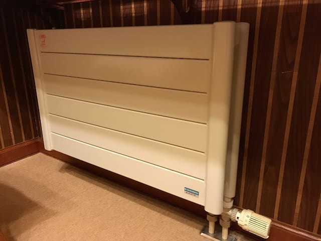 Panel heater : Each room in this listing is warm in winter as there are panel heaters in addition to air conditioning.