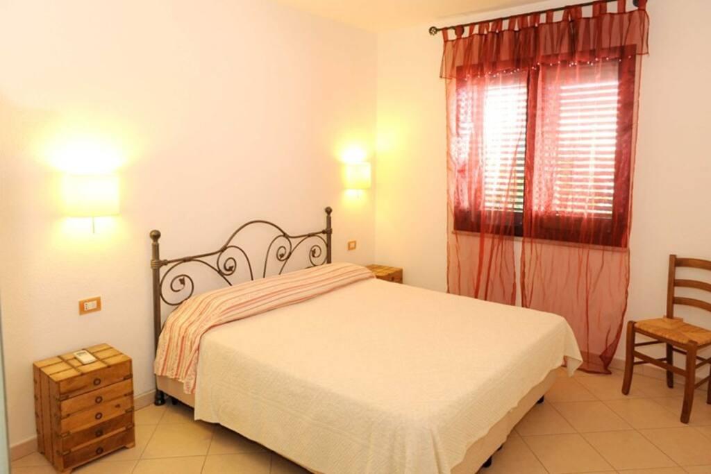 Grazioso appartamento a due passi dal mare appartamenti for Appartamenti in affitto a budoni sardegna