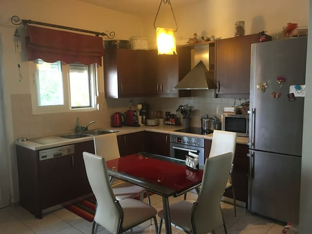 Cozy  apartment at Heraklion - Iraklio - Huoneisto