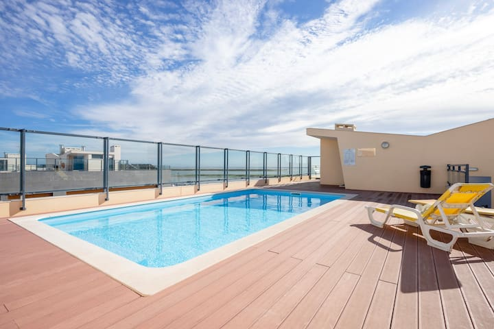 ☀️ OCEANVIEW: Luxury Stunning Views and Pool ⛱️