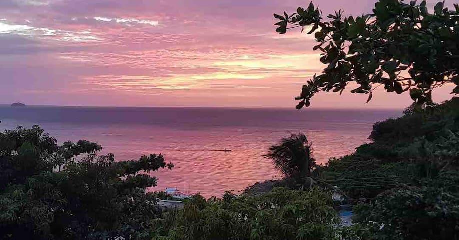 Best Ocean View, Hilltop House @Malapascua Island
