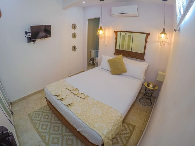 Hotel  Casa Heredia ( Standard Room)