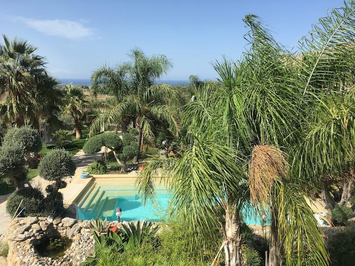 Villa con piscina privata e meraviglioso panorama