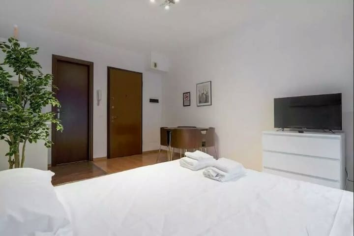 Sunny room - Mantes-la-Jolie - Apartment
