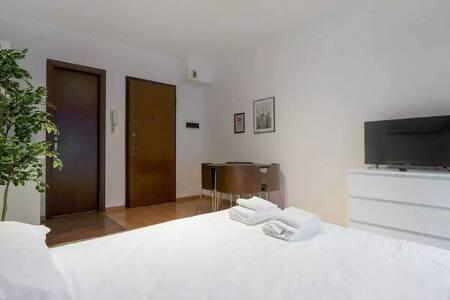 Sunny room - Mantes-la-Jolie - Apartment