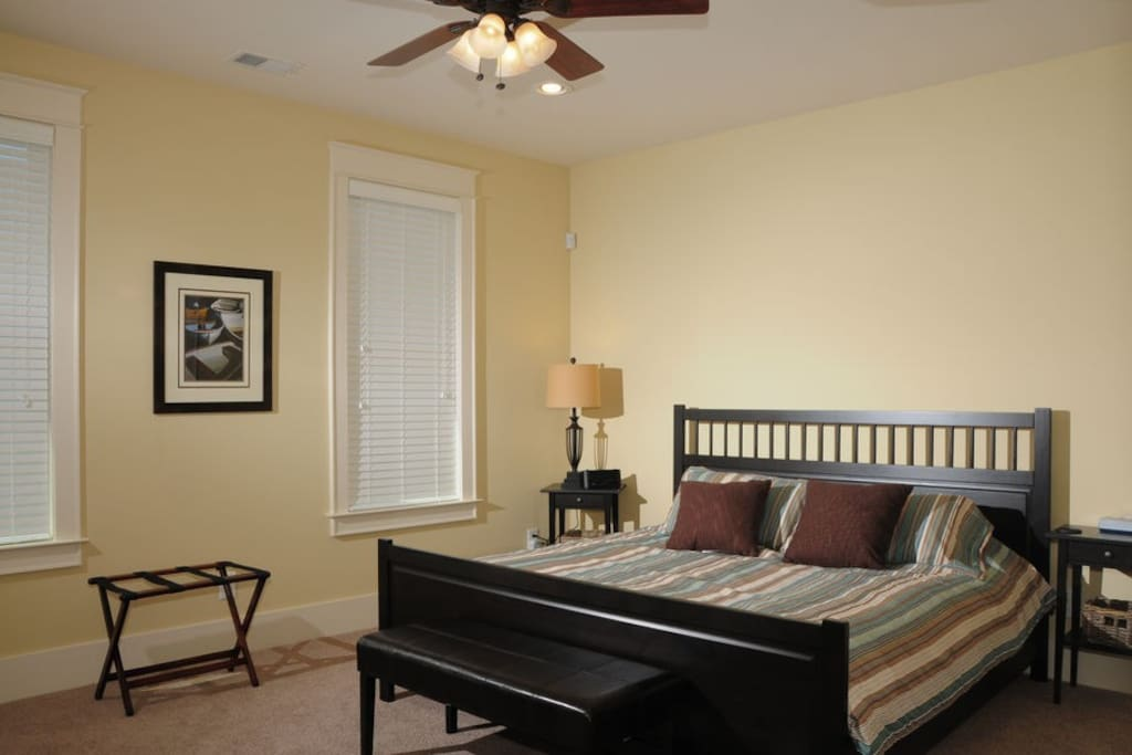 Master bedroom with king bed with brand new mattress