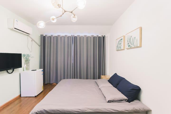 #直降30元大促销#水亭门市中心住宅区的五星级体验,简欧风格,可做饭