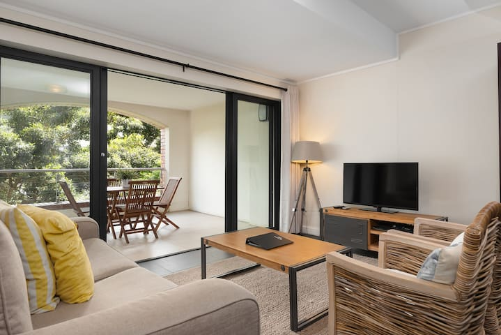 Rockwell 212 - One Bedroom Apartment