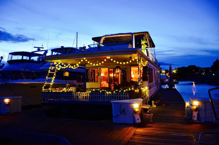 Charming Houseboat in Benicia - Benicia - Barco