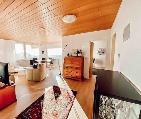 Wunderschöne Wohnung mit einzigartigem Ausblick