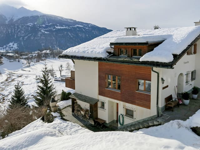 Apartment Casa Schumellins in Laax