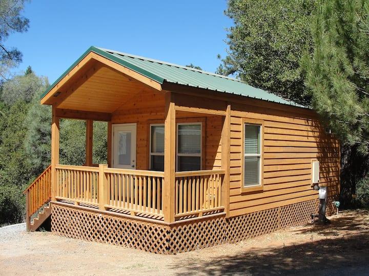 Yosemite Pines Resort Cozy Cabin for 2