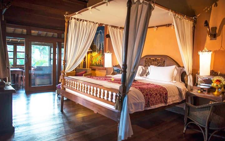 Gorgeous Suite Standard At Canggu