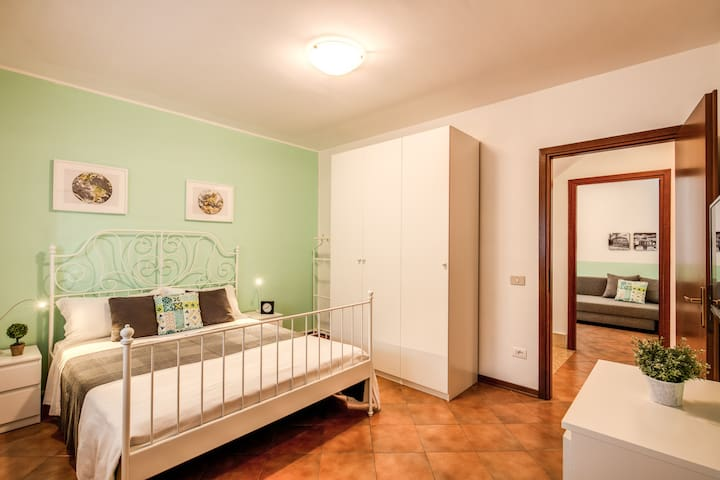 Home in Rome for Digital Nomads and Tourists