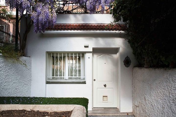 Preciosa casita con entrada independiente