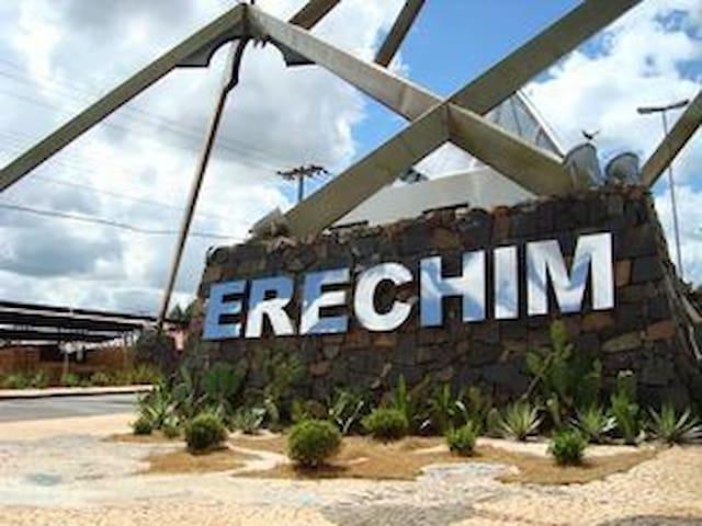 Ambiente Familiar/330mtrs Centro Excelente Vista - Erechim - Leilighet