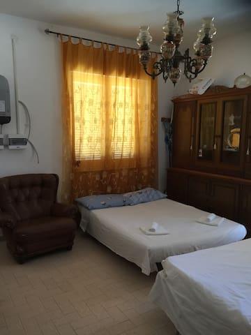 Camera in appartamento vicino al mare