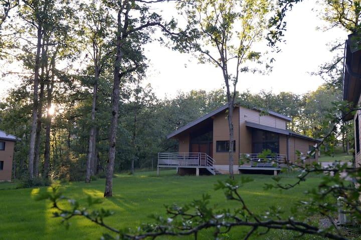 Chalet Lozère in duplex T3 70m2 - Le Massegros - Huis