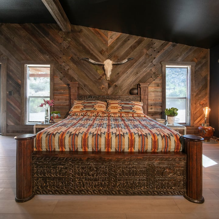 """Roy Rogers Suite at """"The Know Where Ranch"""""""