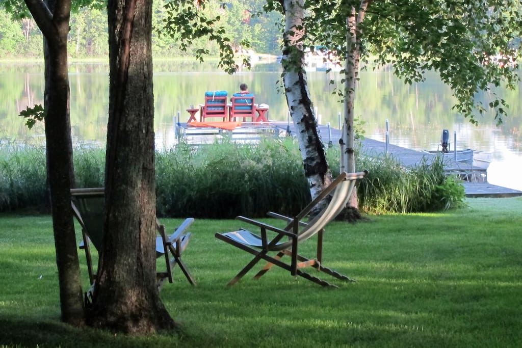 The level lake frontage (spanning 166 ft.) is private and serene