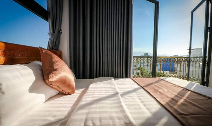 Room single near sea, luxury, cheap, morden.