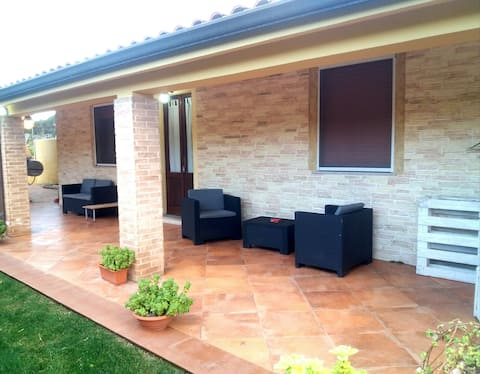 Panoramic country house 3 km from the sea.