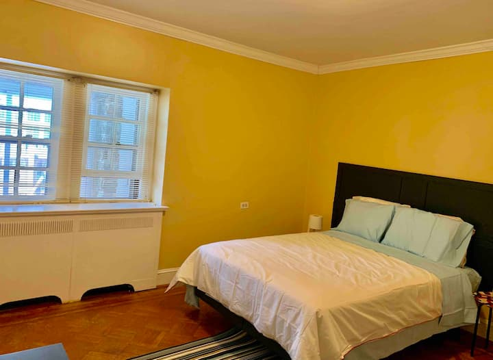 Large comfortable room, quiet & safe neighborhood