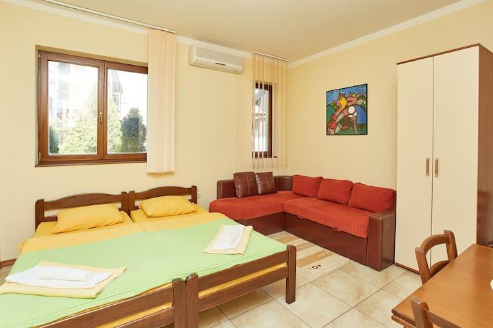 Cozy Studio #5