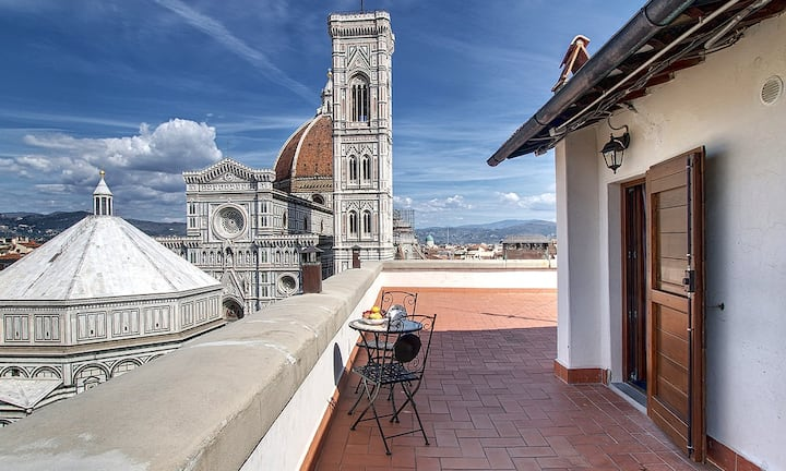 Love Mini Suite rooftop terrace Duomo view Wifi