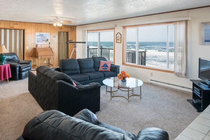 Wheelhouse-Oceanfront, balcony, kitchen, fireplace