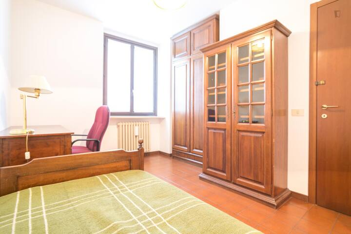 Milan International Co-housing #11 only male