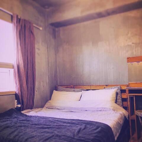 남포동 cinnamon tree guest house 더블베드(개인욕실)