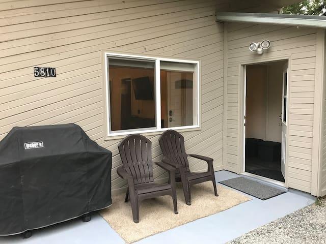 Anchorage convenient midtown location