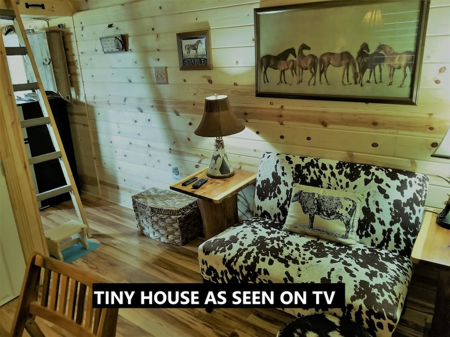 """Magnificent hand crafted """"Tiny House """" interior no expense spared to create luxury & comfort in such a small home......our reviews say it all."""