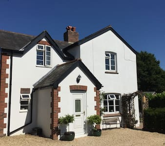 Glebe Cottage - double and single room B&B - Dorset - Casa