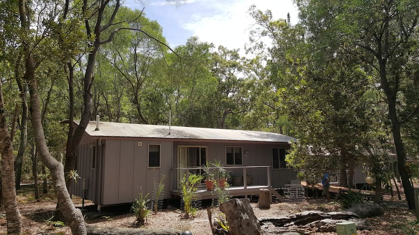 Eco Apartment on South Stradbroke Island - South Stradbroke - Cabin