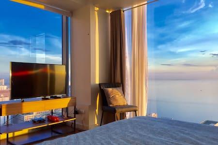 8 Adriatico with Manila Bay view Ermita
