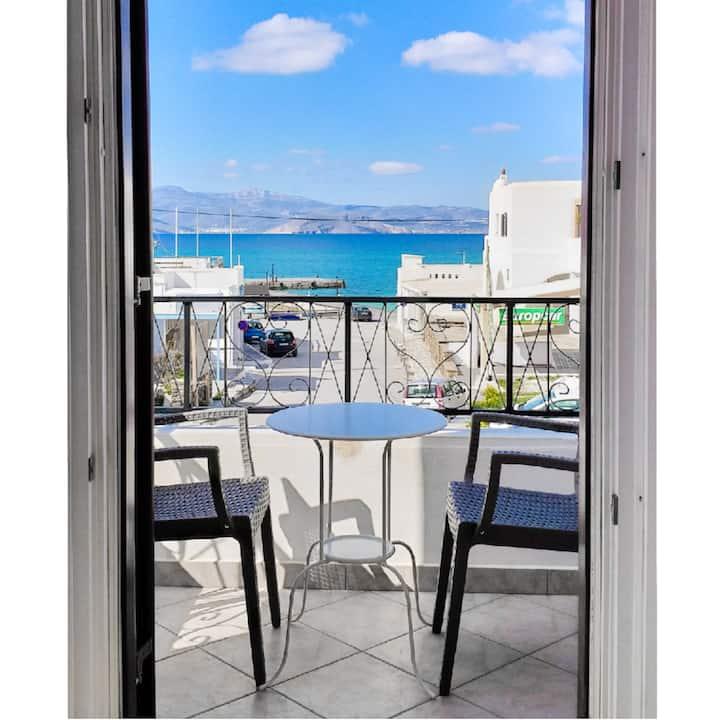 ★Sea View★Spacious 80m² Apartment★50m from beach★