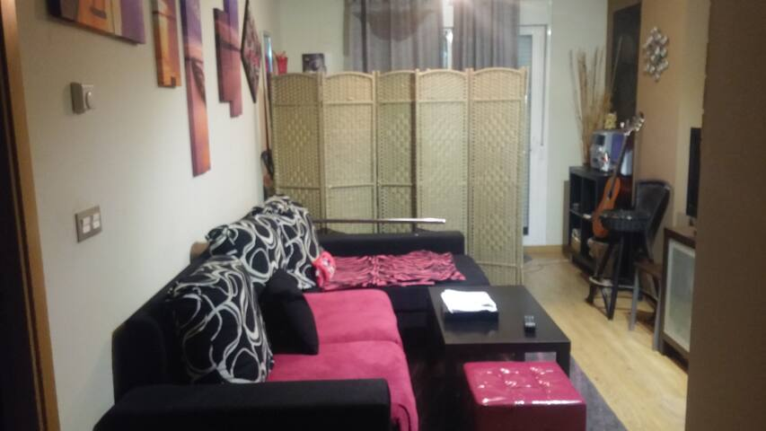 Bonito apartamento con garaje - Granada - Condominium
