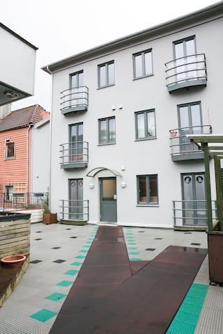 Moderne leilighet i sentrum, apt 5