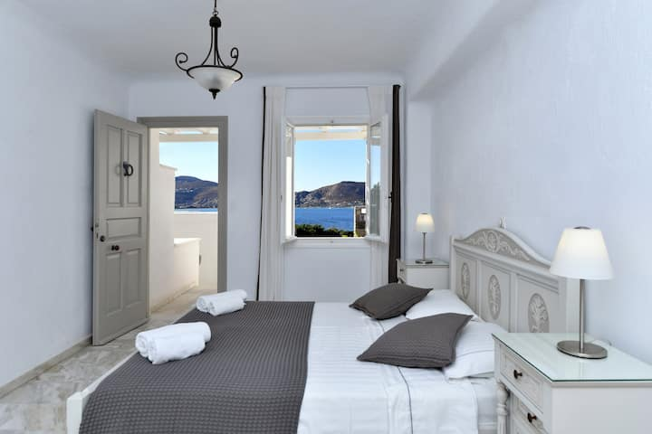 Triple Room Sea View in Parian Litho