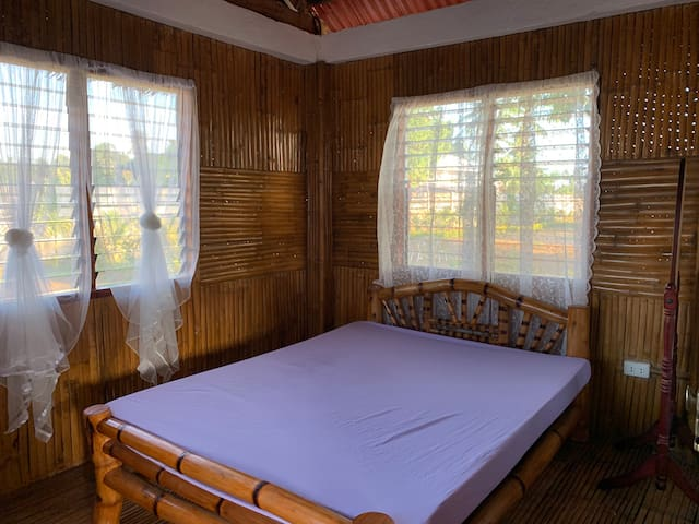 Native & clean room for wonderful stay